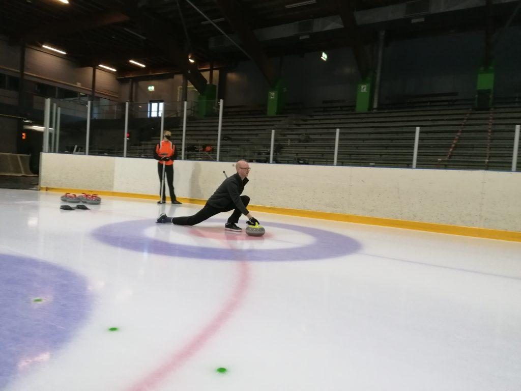 Coronaproof curlen curling sliding Utrecht
